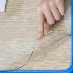 Коврик на стол  прозрачный  70 х 120см.
