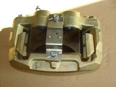 Суппорт дискового тормоза с АБС в сб. передний левый (ОАО УАЗ)