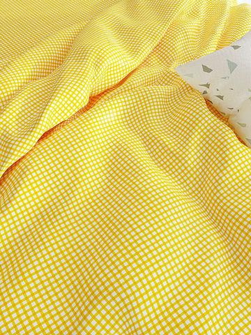 Простынь на резинке  -Желтая клеточка- натяжная 140х200х26 см 2-спальная