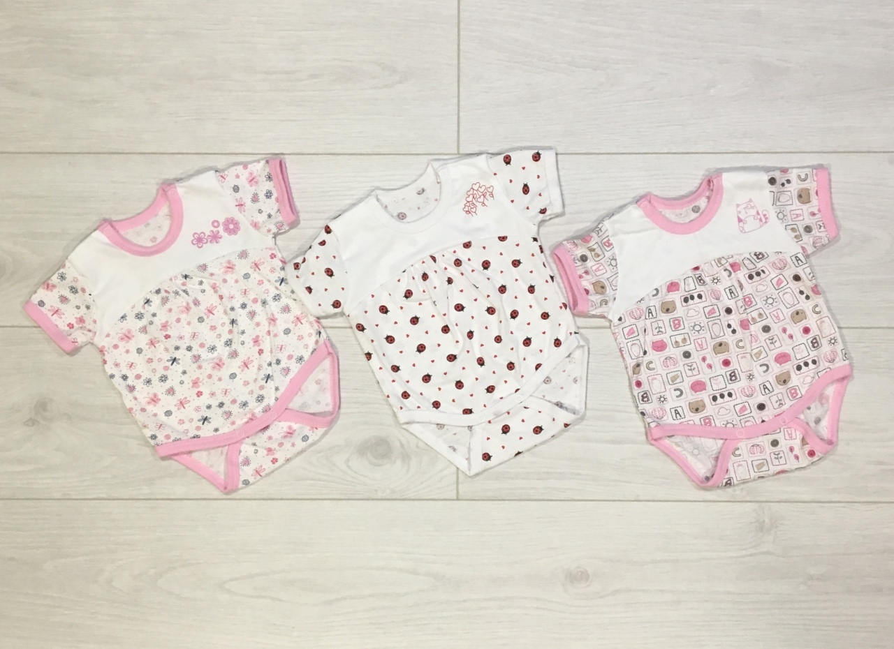 Розовые бодики для девочек
