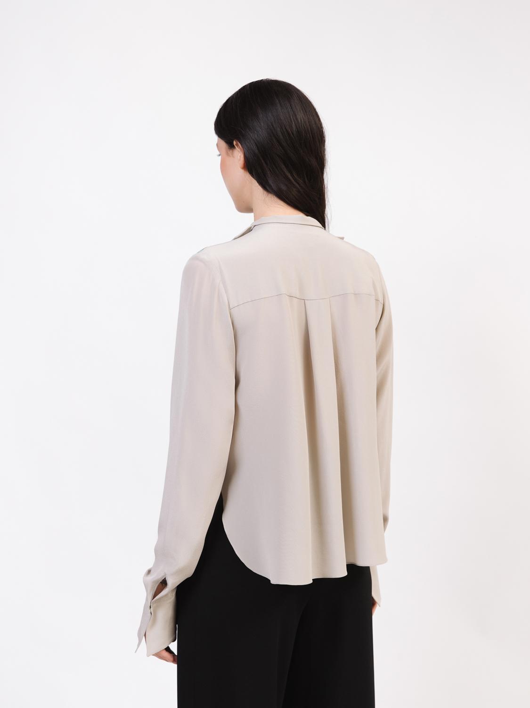 Блуза декорированная пайетками