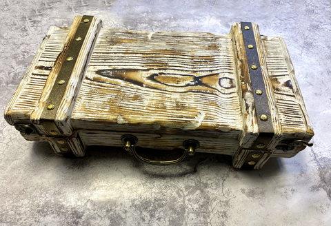 Подарочная шкатулка сундук для топора