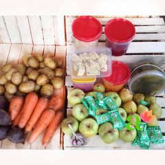 Корзина №2 (овощи+соленья+сладости), 14 кг