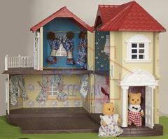 Большой дом со светом Happy Family 012-01