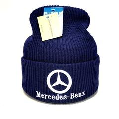 Вязаная шапка с вышитым логотипом Мерседес (Mercedes-Benz) синяя