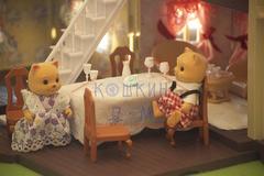 Уютный кукольный домик Happy family (Sweet family, Marviks) 012-01 с обоями и набором для изготовления шторок