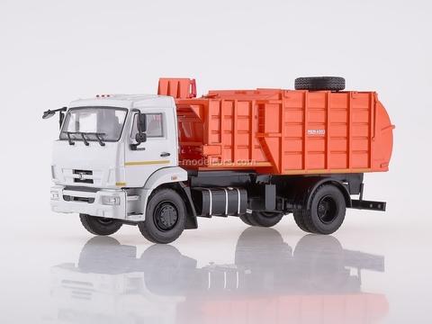 KAMAZ-43253 Garbage truck with manipulator MKM-4503 1:43 PAO KAMAZ