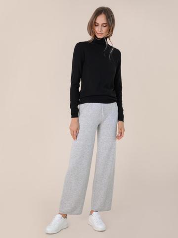 Женский свитер черного цвета из шерсти и шелка - фото 5