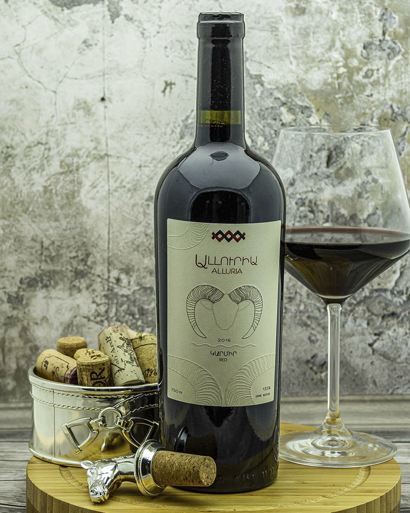 Вино Alluria Красное сухое 2018 г.у. 13,5%, 0,75 л.