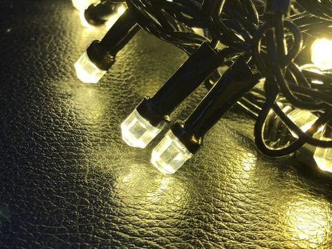 Штора-гірлянда Кришталь 180 LED E 1.5 на 1.5 м. біла