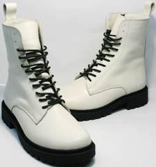 Женские ботинки белого цвета зимние Ari Andano 740 Milk Black.