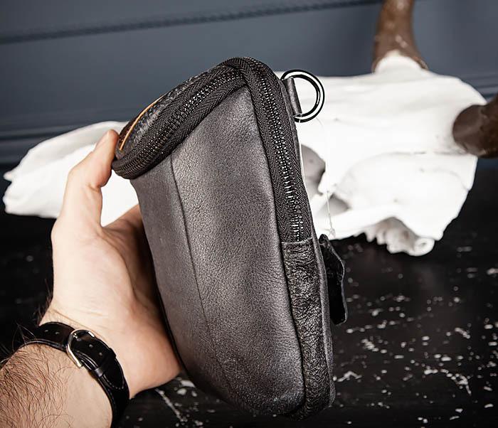 BAG517-1 Кожаная сумка на пояс с ремнем и карабином фото 04
