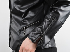 Габі. Стильна весняна куртка плюс сайз. Чорний.