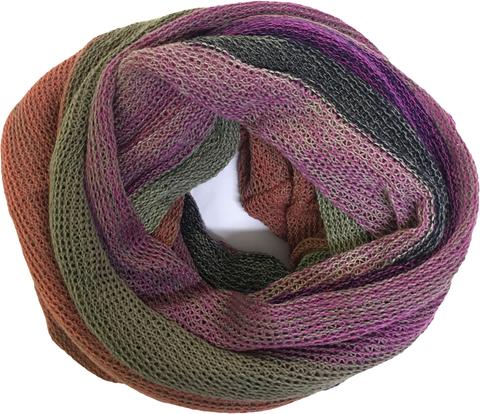 Зимний полосатый шарф снуд