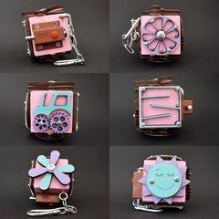 Бизикубик стандарт 5х5 см розовый для девочки