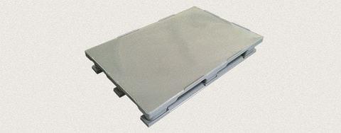 Поддон пластиковый сплошной 1200x800x160 мм с полозьями, усиленный металлическим профилем. Цвет: Серый