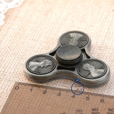 Металлический спиннер классической формы с монетами 17007M
