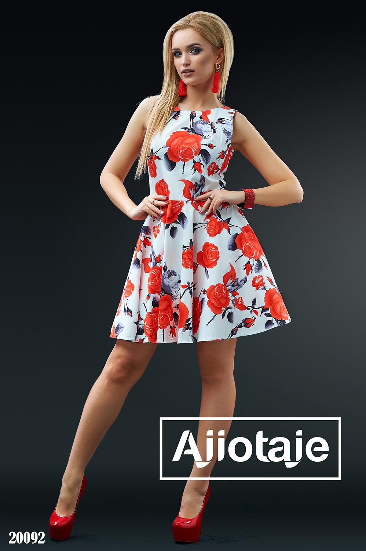 Хлопковое платье А-силуэта с красными цветами