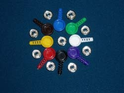 Комплект F9012/3 из металлической кнопки и цветной оболочки для нее, разноцветный, вывод под кабель 3,2мм (150руб/шт.)