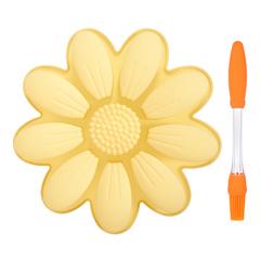 Набор из силикона 2 предмета (форма для выпечки «Ромашка», кисть кулинарная)