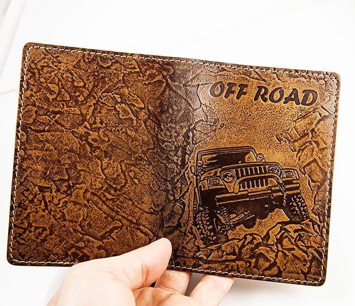 BY04-04-08 Кожаная подарочная обложка документница «Off Road» фото 04