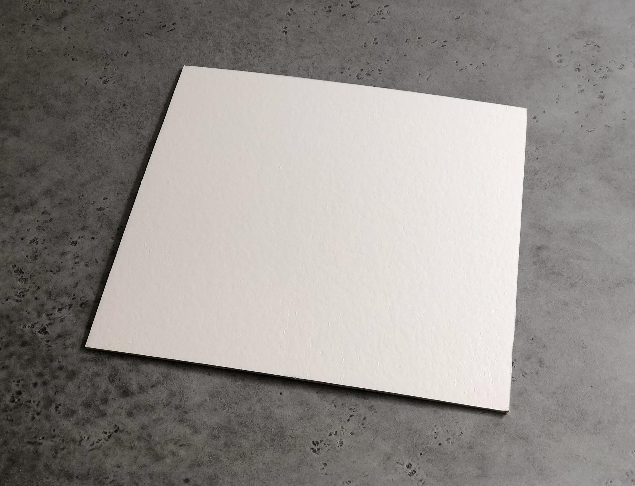 Подложка квадратная белая/черная 26 см, 3,2 мм