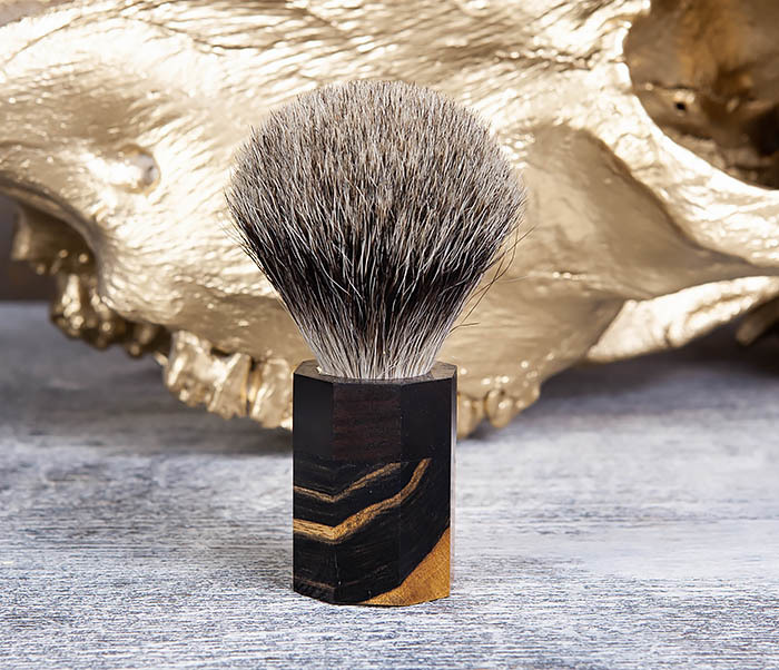 RAZ403 Помазок из барсучего волоса с рукояткой из эбена фото 02