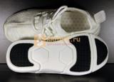 Светящиеся кроссовки с USB зарядкой на шнурках, цвет белый, светится верх. Изображение 19 из 23.