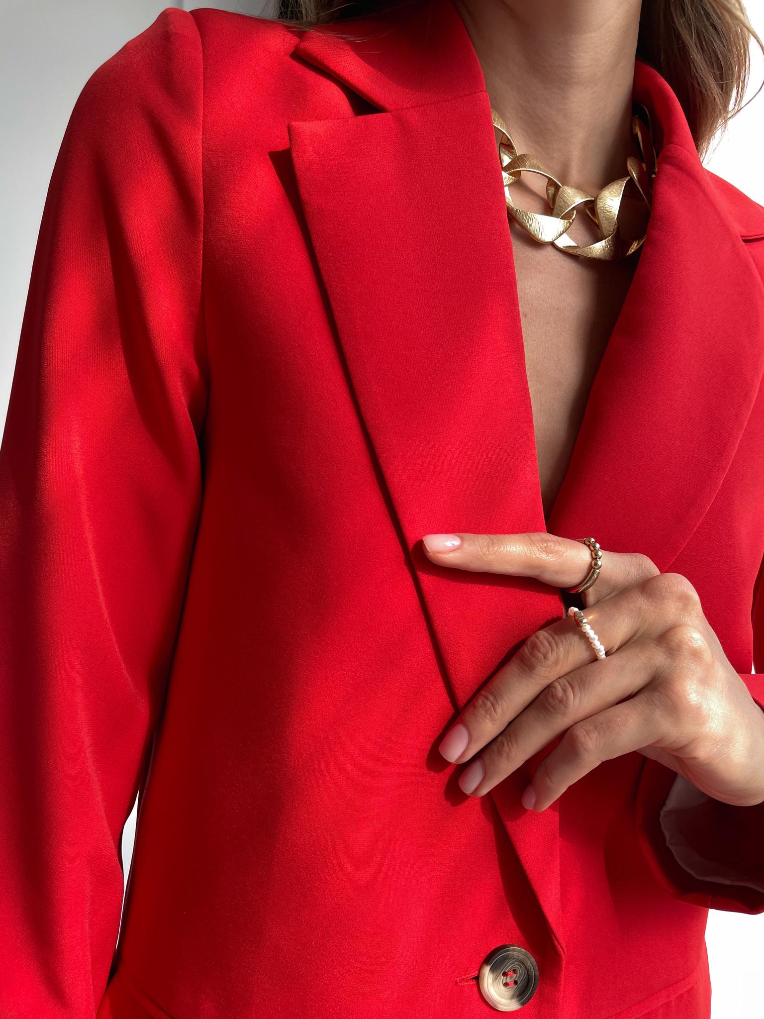 Пиджак прямой со шлицей (красный)