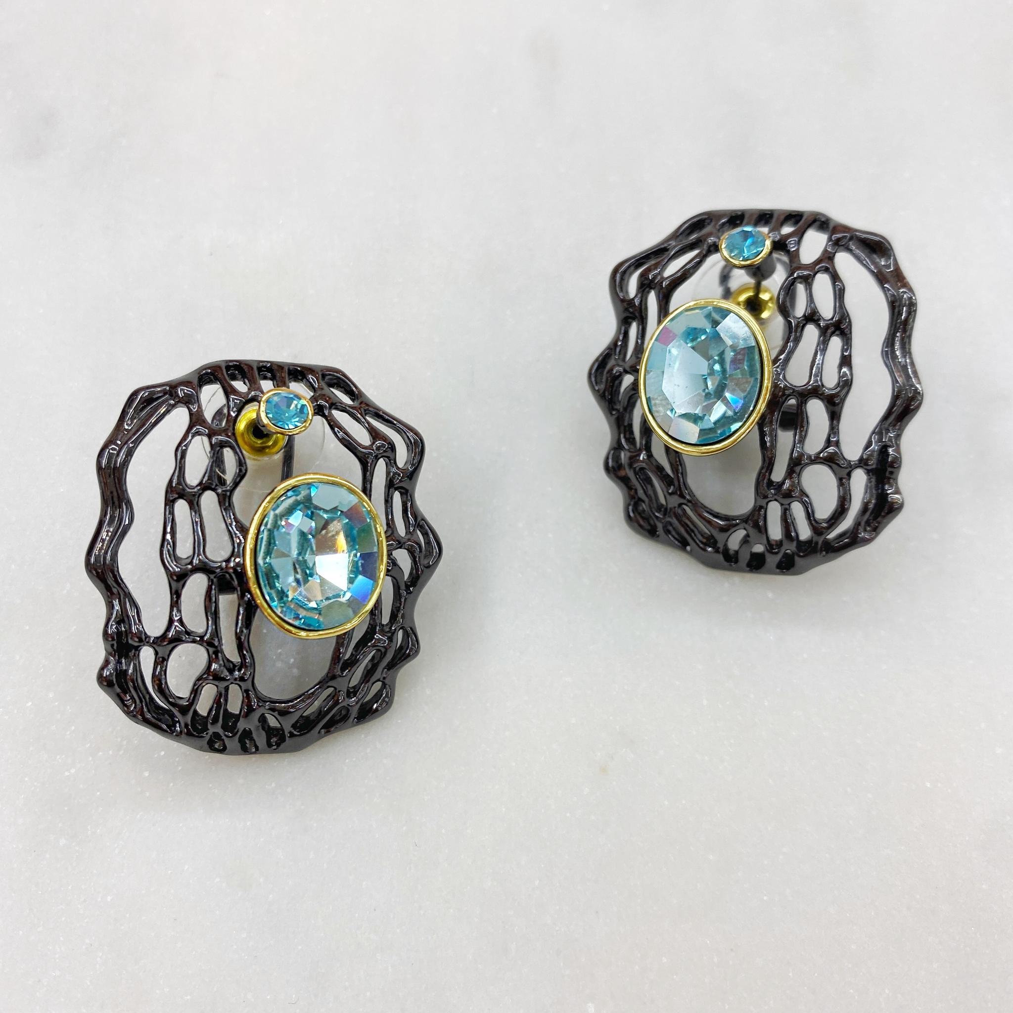 Серьги ажурные с кристаллом (черный/голубой) Vi (Авангард)