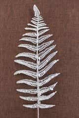 Папоротник пластиковый с блестками на ветке, 45 см, 1 шт.