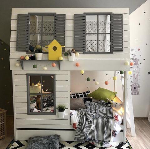 Двуспальная кровать домик мечты