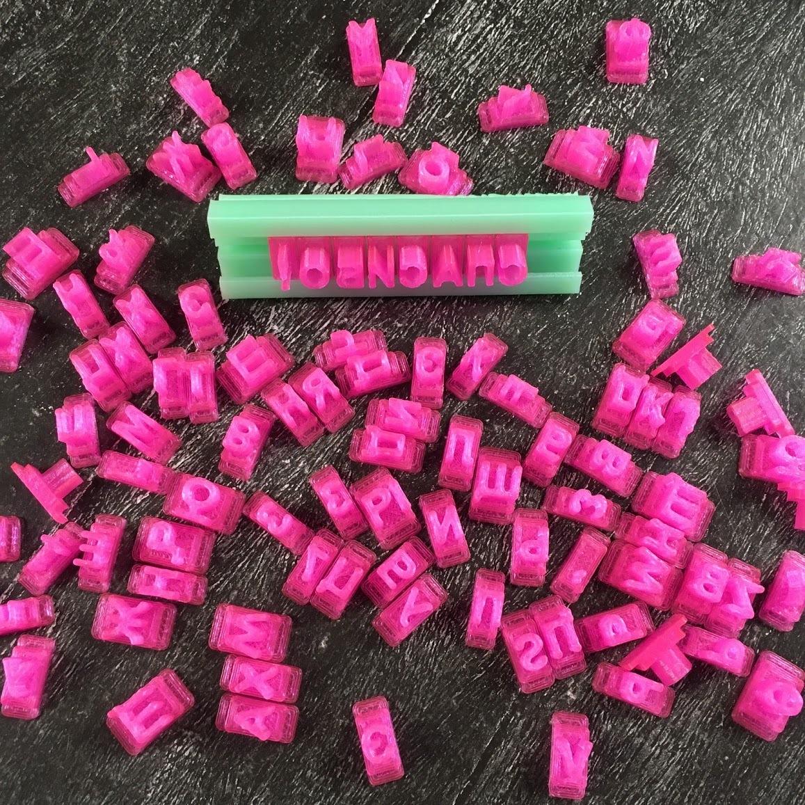 Штамп наборный 6 мм (русский, английский алфавит и цифры)