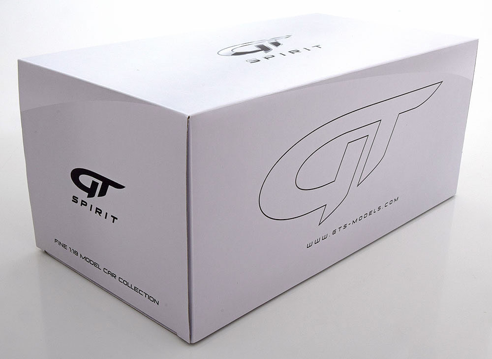 Коллекционная модель Mercedes-Benz Gelandewagen G63 AMG 6X6 2015