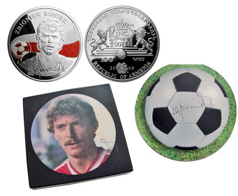 100 драм. Бонек - Короли футбола. Армения. 2009 год