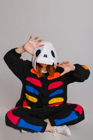 """Пижама кигуруми детская """"Скелет с цветными костями"""""""