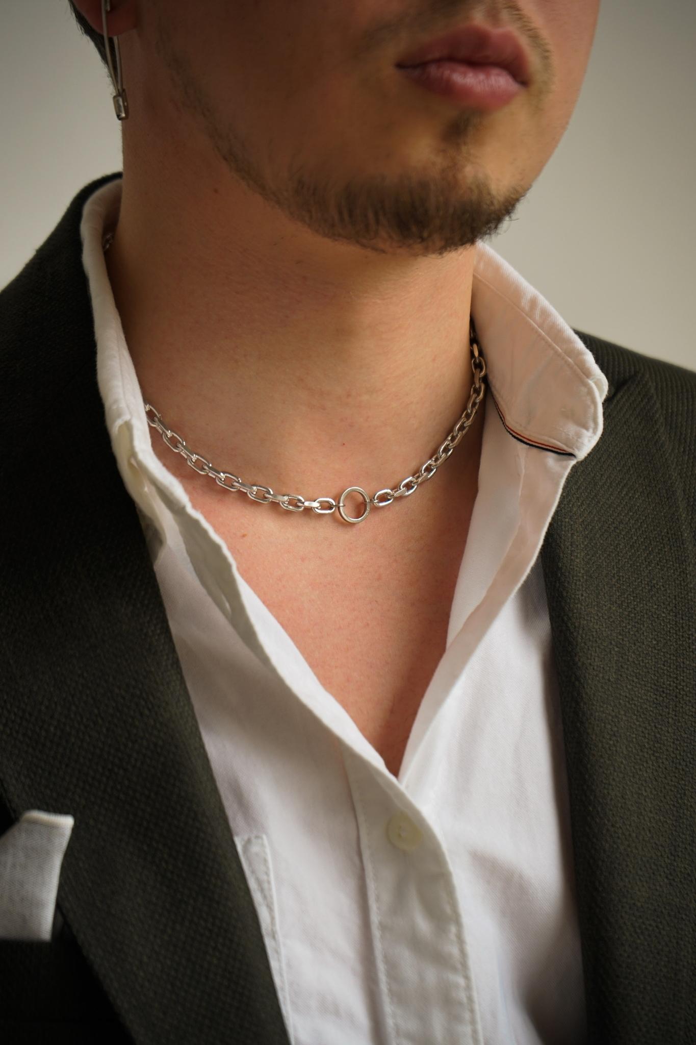 Серебрянное массивное колье-чокер с кольцом