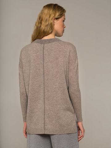 Женский джемпер песочного цвета свободного кроя из шерсти и кашемира - фото 4