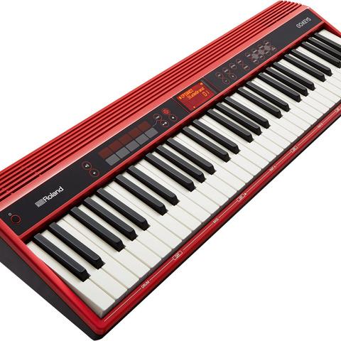 ROLAND GO-61K синтезатор