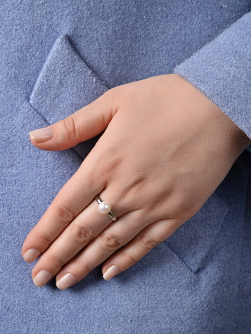 Кольцо из жемчуга Aurora Rotondo серебристое