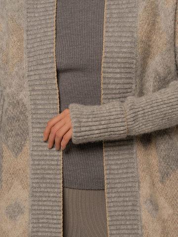 Женский удлиненный кардиган светло-серого цвета - фото 5