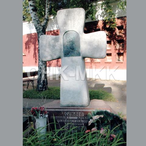 Гранитный крест №13