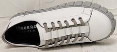 Стильные кеды белые женские кроссовки из натуральной кожи Guero G146 508 04 White Gray.