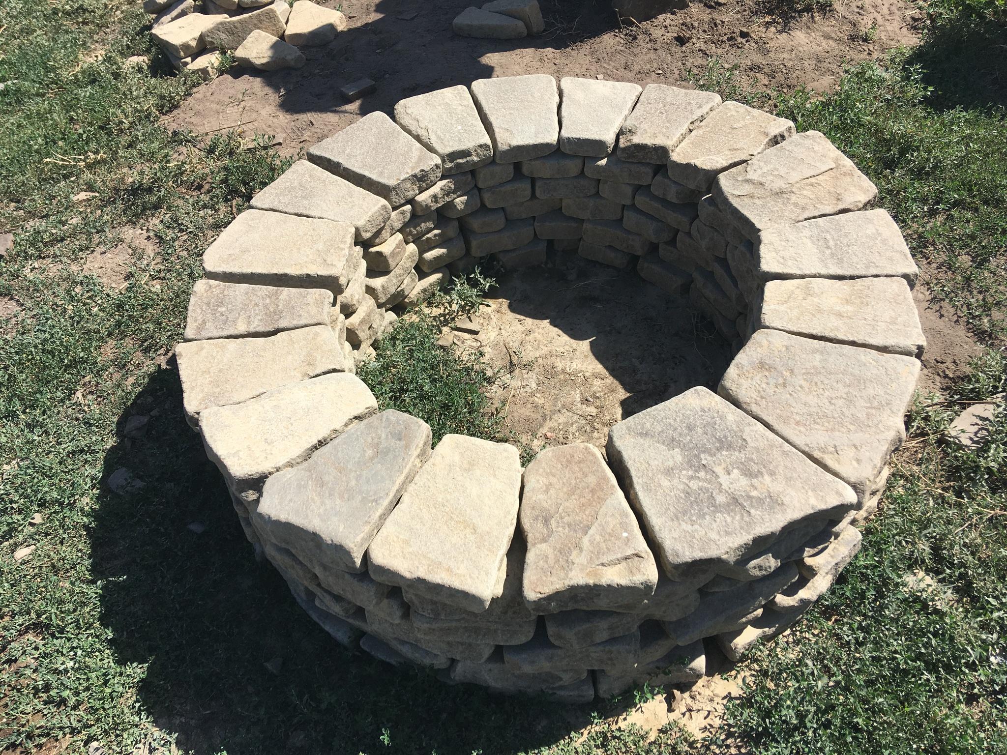 Галтованный камень для очага