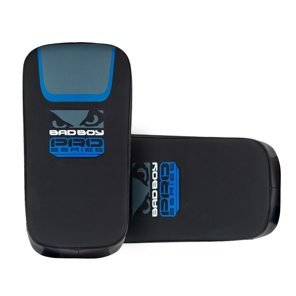 Пэды Пэды Bad Boy Pro Series 3.0 Curved Thai Pad - Blue 1 пара 1.jpg