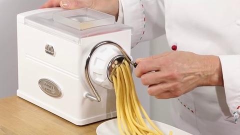 Паста машина – пресс для лапши Marcato Regina Design ручная, 5 насадок, mar102