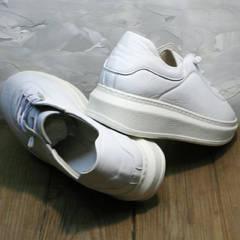 Теплые белые кроссовки с высокой подошвой женские Rozen M-520 All White.