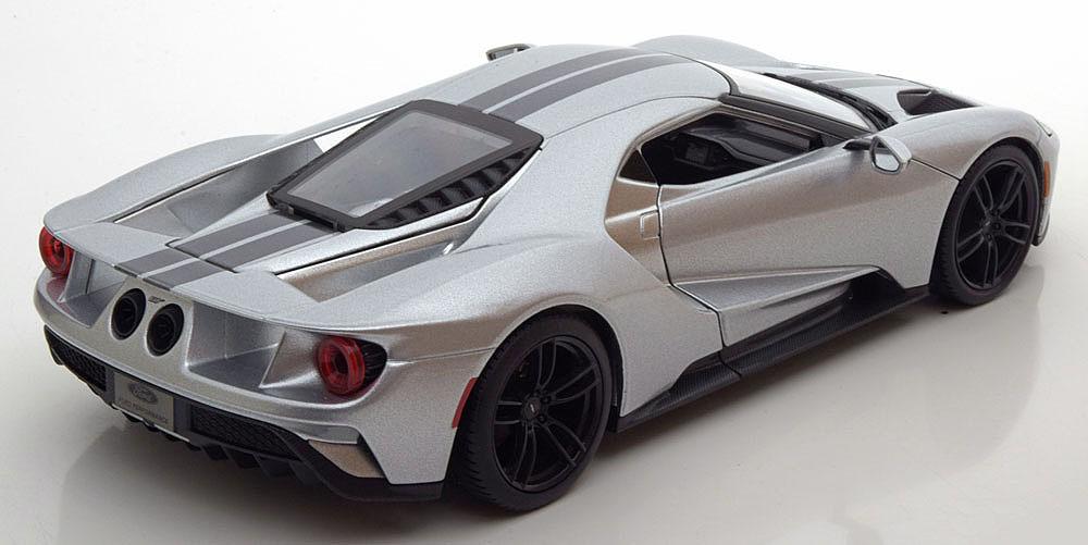 Коллекционная модель Ford GT 2017 Silver/Grey Metallic