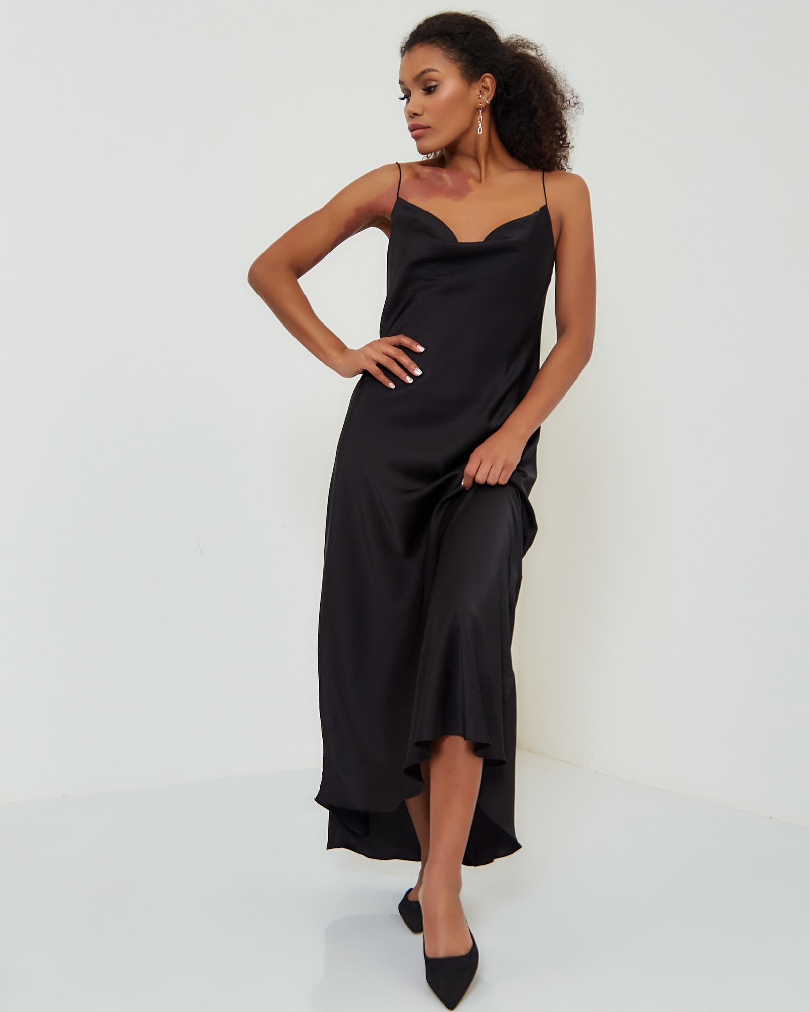 Платье-комбинация в черном цвете
