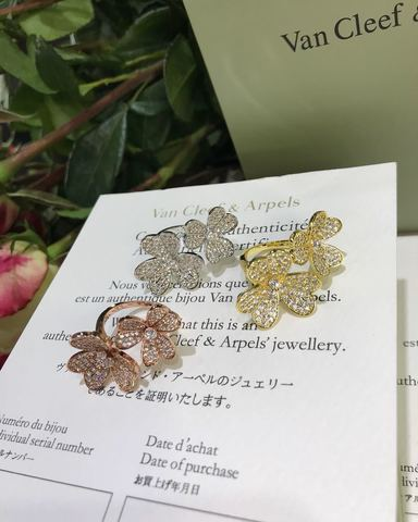 Кольцо Gold Flowers